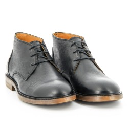 Bryant Chukka Black Pebbled