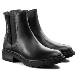 REESE Leather Black